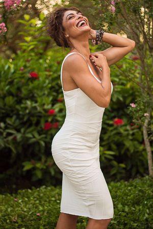 Juliana-Paes-Vestido-Bandagem-Freddo-Branco