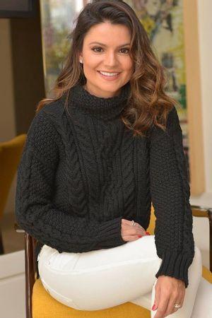 Sophia-Alckmin-Blusa-Tricot-Tranca-Mullet-Preta