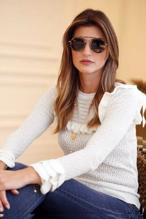 Maria-Rudge-Blusa-Tricot-Babados-Off-White