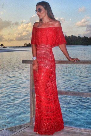 Vestido Tricô Longo Ombro a Ombro Vermelho