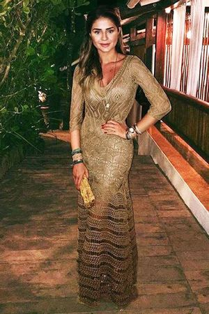 Vestido Longo Renda Lorena Dourado
