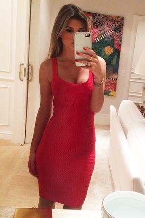 Vestido Midi Bandagem Vermelho