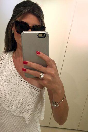 Vestido-Tricot-Ombro-So-Babados-Branco