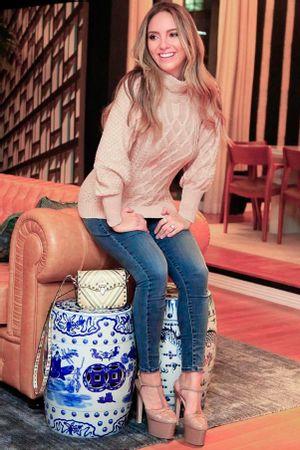 lele-saddi-look-blusa-tricot-confort
