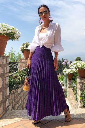 Silvia-Braz-saia-metalizada-midi-violeta