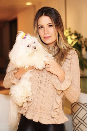 Raquel-Mattar-blusa-tricot-babados-rosa