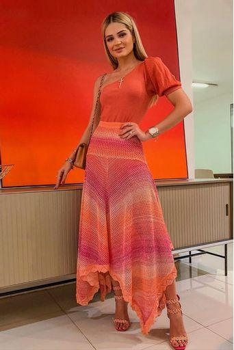 saia-tricot-eldora-rosa-look-thassia-naves