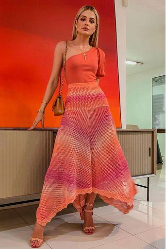 saia-tricot-eldora-rosa-look-thassia-naves-2
