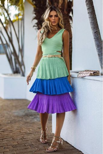 saia-tricot-isabelita-verde-tiffany-look-thassia-naves-2
