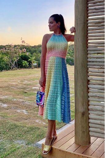vestido-tricot-guadalupe-salmao-look-mariah-bernardes
