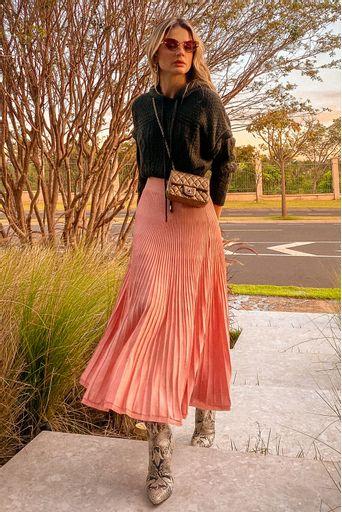 saia-tricot-valentine-rosa-retro-look-thassia-naves-2