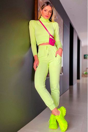 calca-tricot-sophia-verde-look-thassia-naves