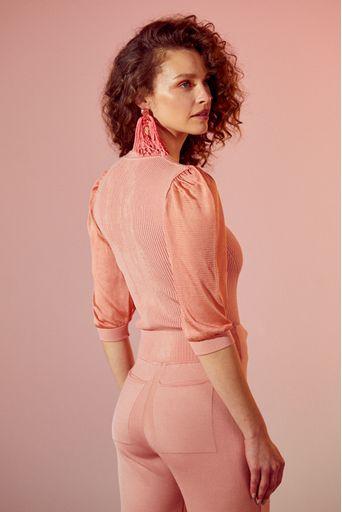 Blusa-tricot-pauline-rosa-retro-costas