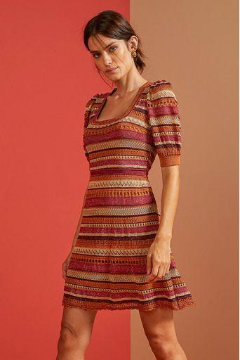 Vestido-Tricot-Gal-Caramelo-Costas-1