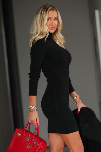 Ana-Paula-Siebert---Vestido-Tricot-Valentina-Preto-Costas